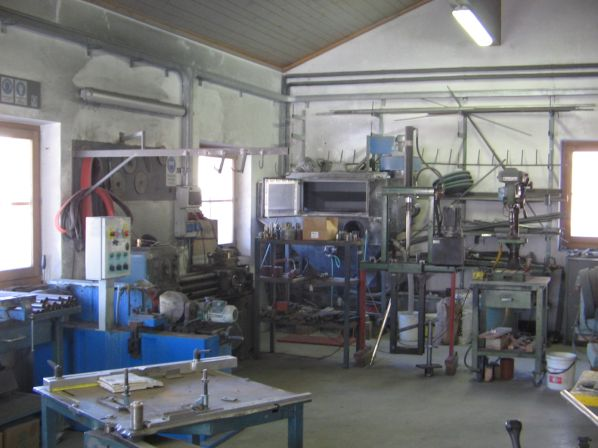 Werkstatt innen 598x