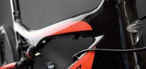 Santa-Cruz-Blur-XC Carbon 4